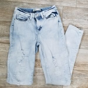 Mudd Distressed Light Wash Skinny Jeans